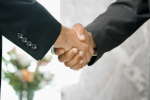 Handshake-FINTECH.jpg