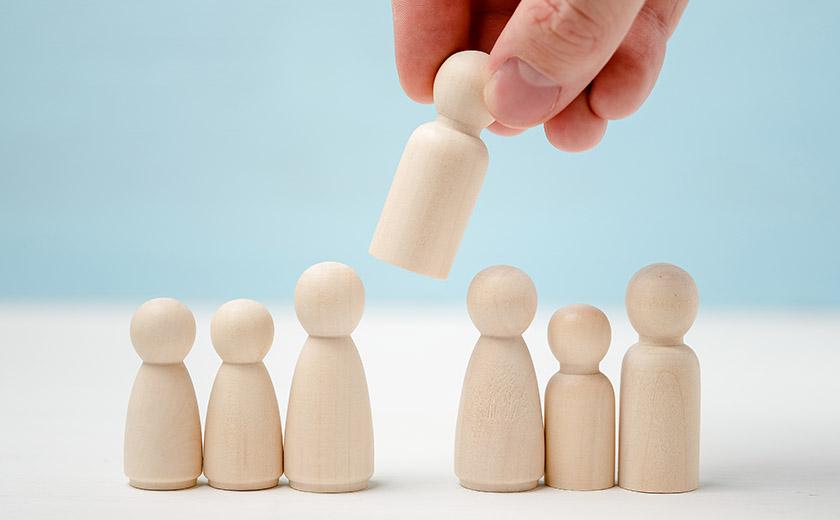 appoint-employee-art-fintech.jpg