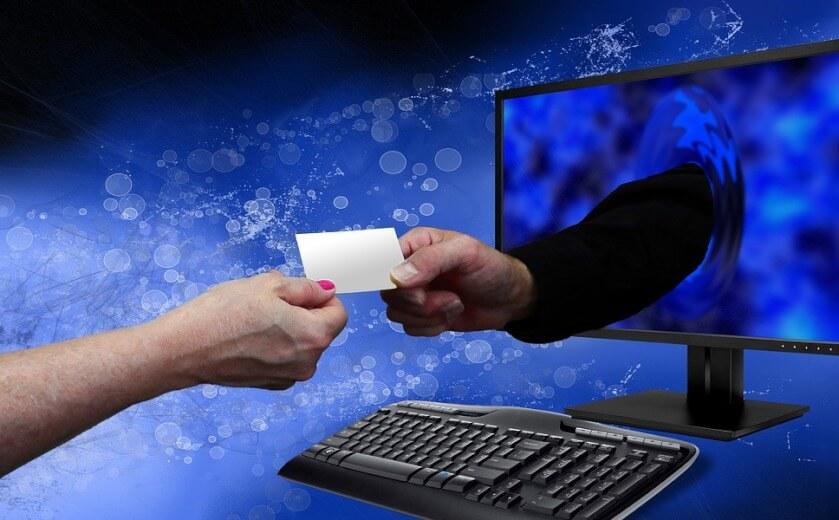 online-payment-840.jpg
